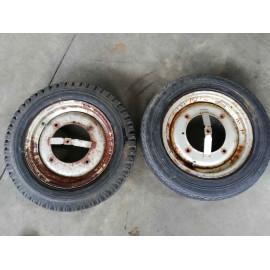 Cerchi acciaio per Fiat 500 d'epoca con pneumatico